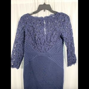 Adrianna Papell Dresses - NEW Adrianna Papell Lace & Jersey Sheath Dress